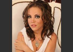 Carmen Valentina - كارمن فالانتاين